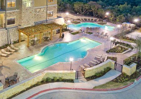 alexan vistas pool