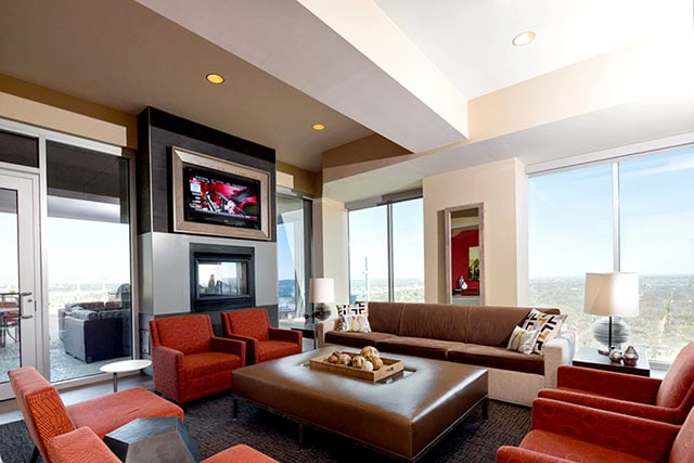 Skyhouse Austin Lounge