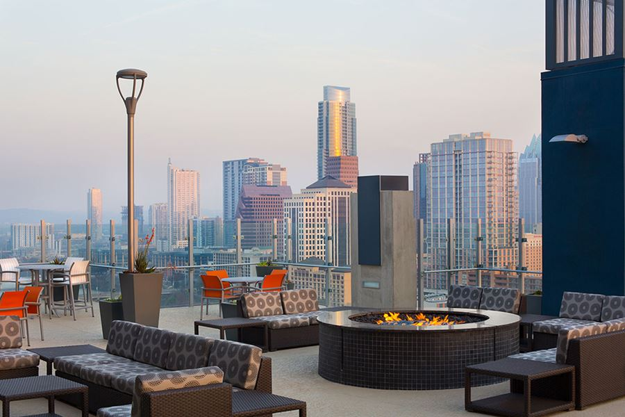 Skyhouse Austin View