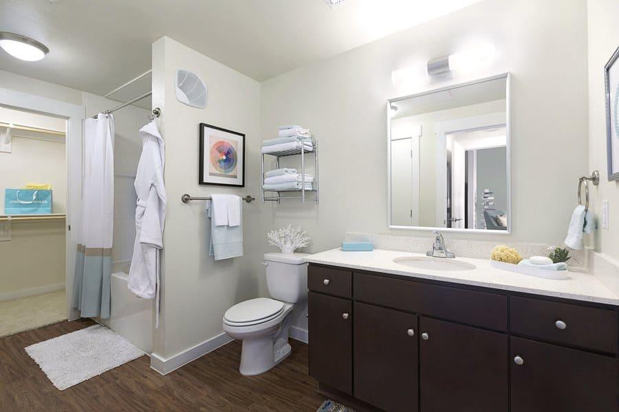 Burnet Flats Bathroom