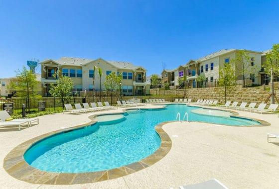 Mansions At Lakeway Apartments